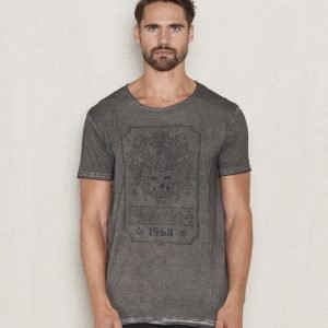 William Baxter Rick 1968 Tee Dark Grey