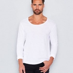 William Baxter William Longsleeve White