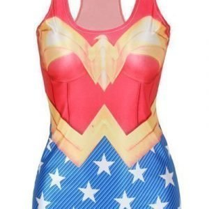 Wonder Woman printtitoppi