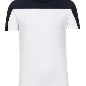 Woodbird Yoneks T-paita