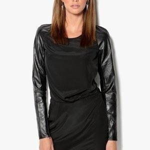 Y.A.S Liza pitkähihainen mekko Musta