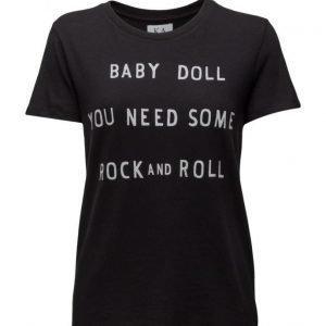 Zoe Karssen Rock 'N Roll